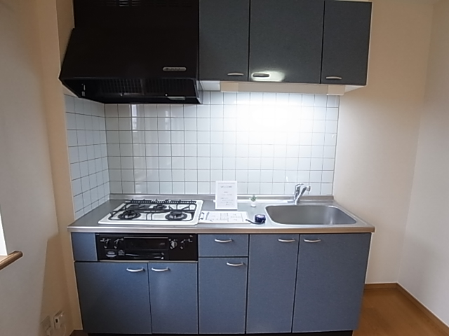 3口コンロ・グリル付きキッチン